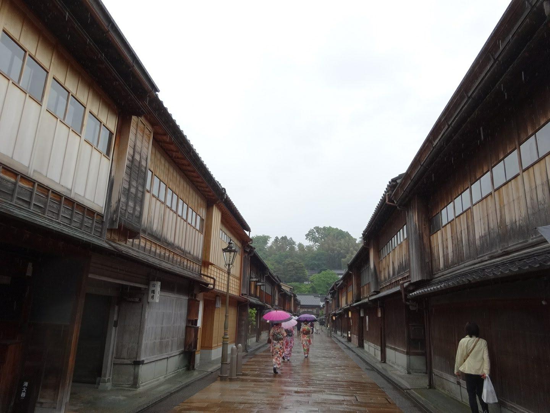 金沢,ひがし茶屋街,雨,多湿