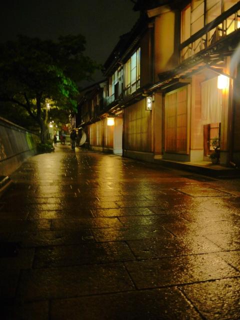 金沢,雨,ひがし茶屋街